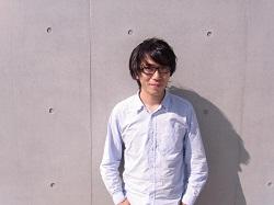 aoyama portrait_s.jpg