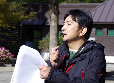 キュレーター 坂本浩章