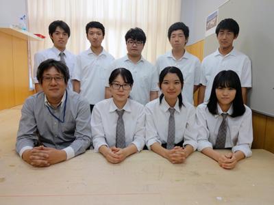 新山浩+神戸市立科学技術高校