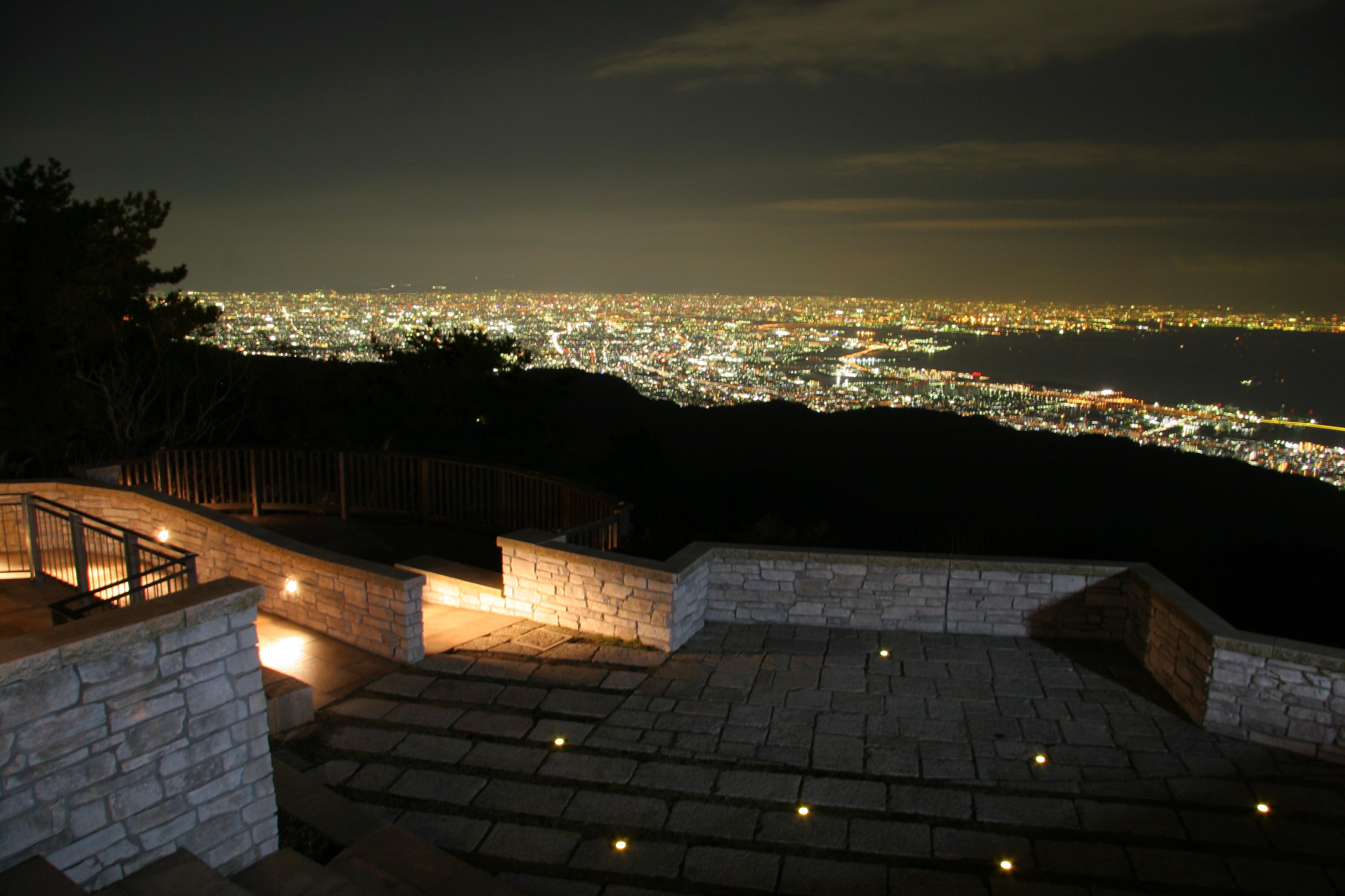 六甲花园露台夜晚从视图展望露台